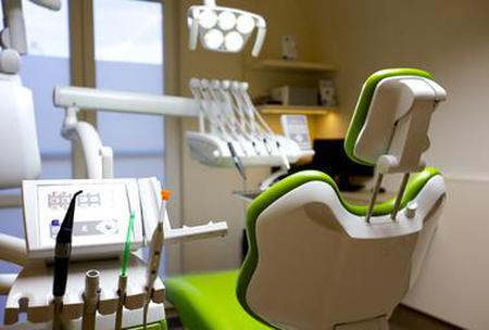 Find Dental treatment prices at La Porta Zugloi Dental and Implantology Centre in Hungary